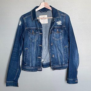Hollister distressed dark wash jean jacket with pockets size small